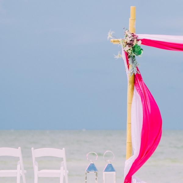 Esküvő a Tengerparton   Esküvői Dekoráció Magyar Pároknak